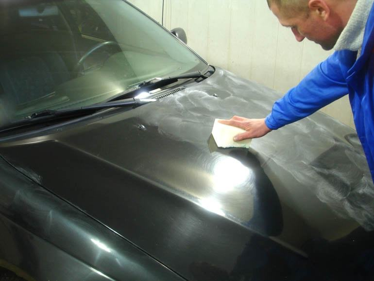 Фото процесса полирования кузова